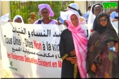 Nouakchott++manifestations+de+col%C3%A8re+apr%C3%A8s+le+viol+et+meurtre+de+la+petite+Kadji+Tour%C3%A9+(4).JPG