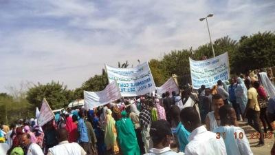 Nouakchott++manifestations+de+col%C3%A8re+apr%C3%A8s+le+viol+et+meurtre+de+la+petite+Kadji+Tour%C3%A9+(2).jpg
